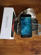 iPhone 6s 16GB (unlocked), case included in Yorkville, Illinois