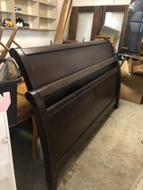 King Size Mahogany sleigh bed in Spring, Texas