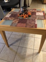 Glass/Wood Table in Alamogordo, New Mexico