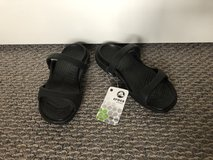 New with Tags!  Women's Crocs Cleo Sandals - Sz 4 Shoes in Chicago, Illinois