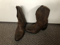 Brand new!  Ariat Girls Cowboy Boots - Sz 2 in Chicago, Illinois