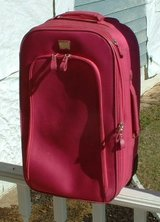 pt4 luggage suitcase suit case in Warner Robins, Georgia