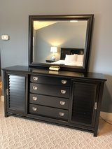 "Haverty's ""Balboa"" 8 Piece Queen Bedroom Set in Quantico, Virginia"