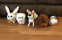 NEW The Secret Life Of Pets Stuffed Toys Lot of 5 in Batavia, Illinois