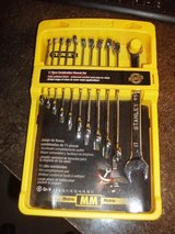 STANLEY combintaon metric wrench set 11 piece ( brand new) in Chicago, Illinois