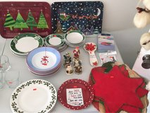 Christmas plates and placemats in Warner Robins, Georgia