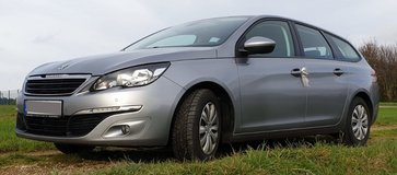 Family car - Peugeot 308 station wagon, as good as new, extremely neat and economic in Spangdahlem, Germany