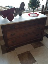 3 drawer Marble top Dresser in Fort Leonard Wood, Missouri