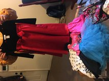 Girls size 4t in Fort Campbell, Kentucky