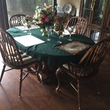Solid Oak Dining Table & 4 Chairs in Moody AFB, Georgia