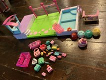 Petkins swimming pool and extras + Numnoms in Okinawa, Japan