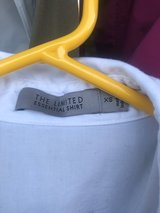 XS The Limited White blouse in Camp Lejeune, North Carolina