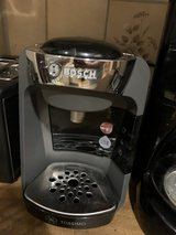 Tassimo coffee maker and disc holder in Stuttgart, GE