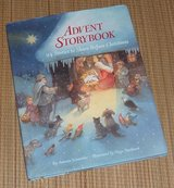 Vintage 2005 Advent Storybook 24 Stories to Share Before Christmas Hard Cover Book w Dust Jacket in Oswego, Illinois