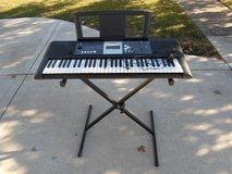 Yamaha YPT-230 Key Board and stand in Yorkville, Illinois