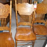 Set of 4 Oakwood Chairs       Article number:043489 in Ramstein, Germany