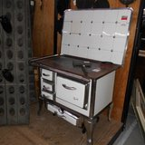 Antique Grandma's Heating & Cooking Stove          Article number: 041372 in Ramstein, Germany
