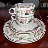 2 Set of Villeroy & Boch Cups, Saucers & Teaplates       Article number: 039707 in Ramstein, Germany