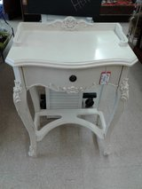 Distressed side table 1581-815 in Camp Lejeune, North Carolina