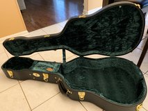 Guardian CG-044-O Vintage Hardshell guitar case in Westmont, Illinois