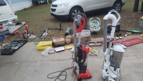 219 brighton drive,byron,ga  ...yardsale in Warner Robins, Georgia