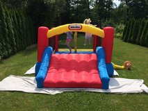 Little Tikes Inflatable Jump 'n Slide Bounce House w/Heavy duty blower in Camp Pendleton, California