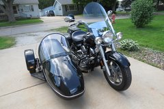 2008 Yamaha VStar 1000 with 2009 Sidecar in Quad Cities, Iowa