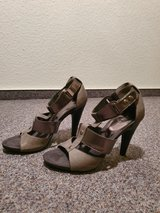 Nine west grey leather shoes size 8.5 never used in Ramstein, Germany