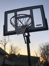 Basketball Hoop (extendable) in Cherry Point, North Carolina