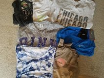 Women's Tops/Shirts Size XS in Naperville, Illinois
