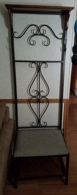 coat rack with bench in Fort Campbell, Kentucky