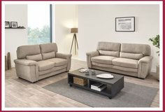 United Furniture - Hyres - sofa + loveseat including delivery in Ramstein, Germany