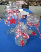 3 glass canisters in Alamogordo, New Mexico