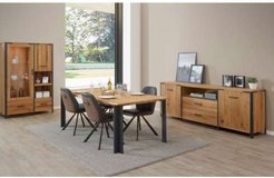 United Furniture - Hamburg Oak Dining - China + Table + 4 Chairs + Delivery in Grafenwoehr, GE