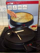 Non stick 220V Crepe cooker, flour tortillias. in Ramstein, Germany