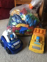 Mega Bloks Toy Collection (~ 400 Pieces) in Glendale Heights, Illinois