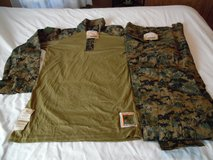 Looking to buy woodland frog gear top & bottom small/regular in Camp Pendleton, California