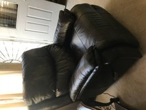 Recliner from Costco expresso color like new in Travis AFB, California
