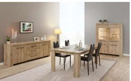 United Furniture - Elba Dining Set - China + Table + Chairs + Delivery in Stuttgart, GE