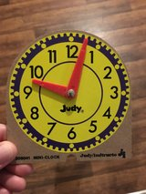 Learning mini clocks in Alamogordo, New Mexico