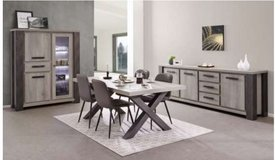 United Furniture - Matteo Dining Set in Dark Forest + Black including delivery in Spangdahlem, Germany