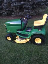 "john deere LX266 HEAVY DUTY GARDEN tractor 42"" deck hydro. trans. 16hp. motor cruise control * n... in Yorkville, Illinois"