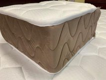 United Furniture - US Size Air Comfort Silver Queen Size Mattress in Ramstein, Germany