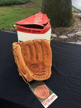 Wilson New Vintage A2000XLO Pro Model Glove in Westmont, Illinois