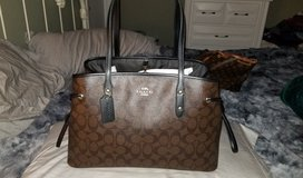 Coach purse carry all Large tote bag brown in Baytown, Texas