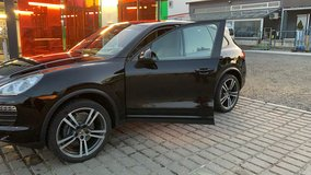 2013 Cayenne Base V6 US Spec winter driver in Wiesbaden, GE
