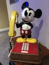 Mickey Mouse phone (1976 in Chicago, Illinois