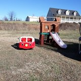 Fire truck bed an outdoor slide in Pleasant View, Tennessee