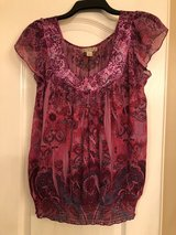 BEAUTIFUL BLOUSE SIZE - M in Spring, Texas