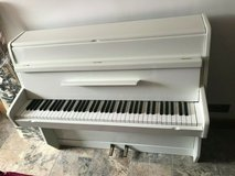 Small White Gloss 6 Octave Overstrung Kemble British Made Upright Piano in Grafenwoehr, GE